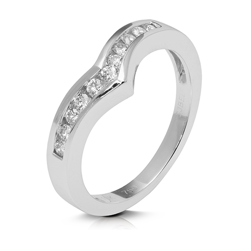 Anillo media alianza carril de oro blanco 18Kt con diamantes