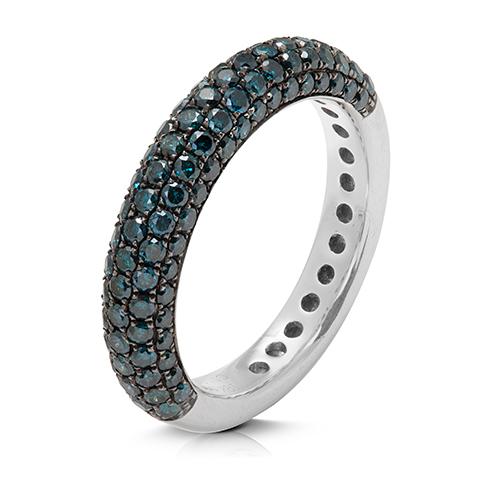 Anillo  diseño de oro blanco 18 Kt con diamantes