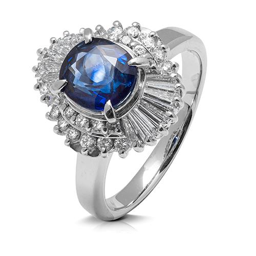 Anillo rosetón de platino  con diamantes y zafiro
