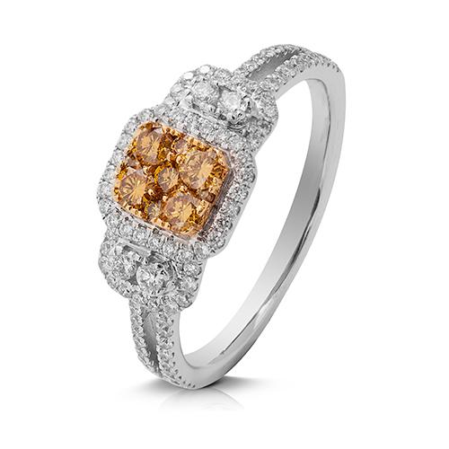 Anillo  diseño de oro bicolor 18 Kt con diamantes