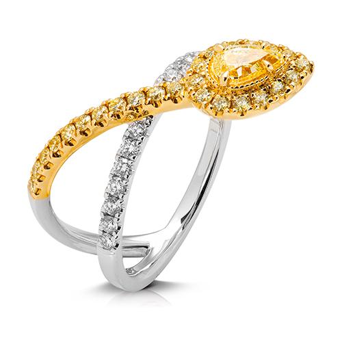 Anillo  diseño de oro combinado 18 Kt con diamantes y perilla