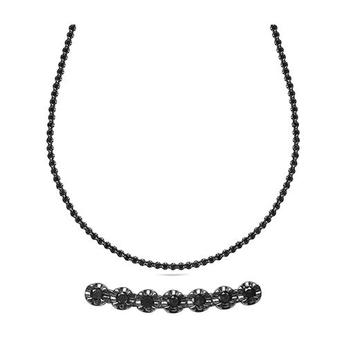 Collar  diseño de oro blanco 18 Kt con diamantes negros